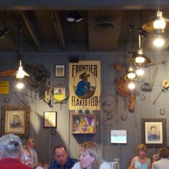Photo taken at Cracker Barrel Old Country Store by Lloyd C. on 7/16/2015