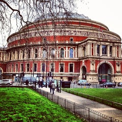 Photo taken at Royal Albert Hall by Мария П. on 3/27/2013