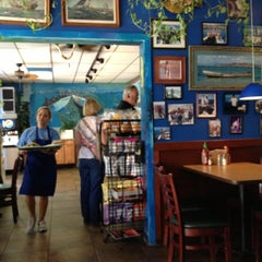 Photo taken at Pelly's Cafe & Fish Market by Dee E. on 10/1/2012