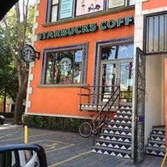 Photo taken at Starbucks by Finol I. on 5/1/2013