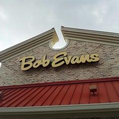 Photo taken at Bob Evans Restaurant by Pat F. on 4/18/2013