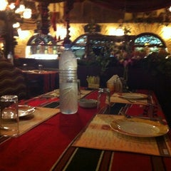 Photo taken at Reem Al Bawadi - مطعم ومقهى ريم البوادي by Khalid-Qatar on 10/15/2012