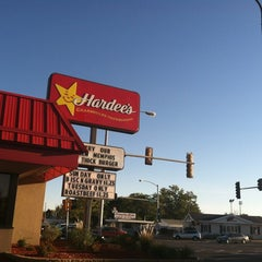 Photo taken at Hardee's by Lori R. on 9/24/2012