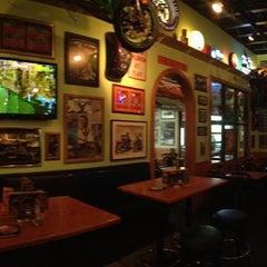 Photo taken at Quaker Steak & Lube® by William C. on 4/11/2013