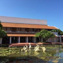Photo taken at Sukhothai Heritage Resort by Thaidong on 9/26/2015