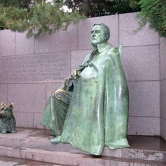 Photo taken at Franklin Delano Roosevelt Memorial by Steven M. on 10/29/2012