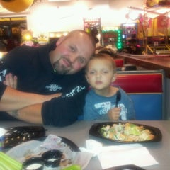Photo taken at Chuck E. Cheese's by Danielle on 11/6/2012