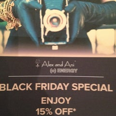 Photo taken at ALEX AND ANI Palm Beach by Tami S. on 11/23/2012