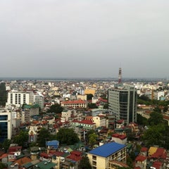 Photo taken at The Rooftop Bar & Restaurant by 5 B. on 10/29/2011