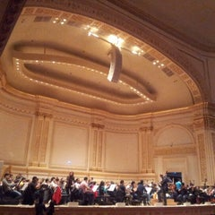Photo taken at Carnegie Hall (Stern Auditorium/Perelman Stage) by Oriana S. on 12/8/2012