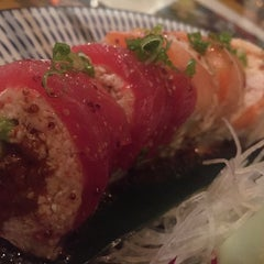 Photo taken at Kiku Sushi by Andrew Thomas C. on 10/15/2014