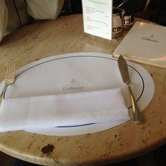 Photo taken at Restaurant Dallmayr by Taro M. on 5/3/2013