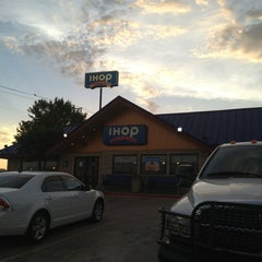 Photo taken at IHOP by Damian F. on 6/30/2013