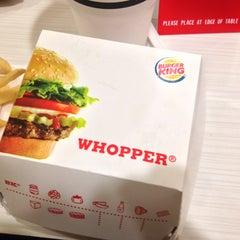 Photo taken at Burger King® by MikaelDorian on 9/2/2013