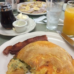 Photo taken at The Original Pancake House by Lauren on 2/28/2015