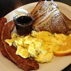 Photo taken at Oliver's Cafe by Kris K. on 12/21/2012