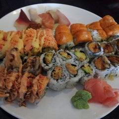 Photo taken at Sushi X: All You Can Eat Sushi by Crystal S. on 7/5/2013