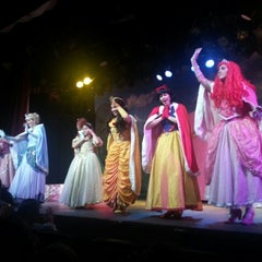 Photo taken at Teatro Vannucci by Fernanda A. on 3/24/2013