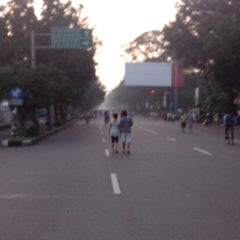 Photo taken at Solo Car Free Day by Aditya S. on 3/24/2013
