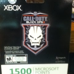 Photo taken at Game Planet by Juan Alberto R. on 11/23/2012