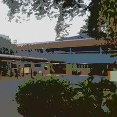 Photo taken at Faculdade de Americana (FAM) by Virginia C. on 4/29/2013