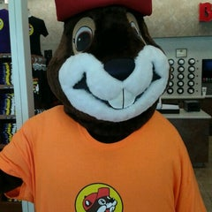 Photo taken at Buc-ee's by Lisa E. on 6/1/2013