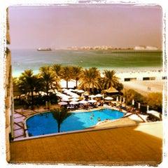 Photo taken at Hilton Dubai Jumeirah Resort by Stuart P. on 9/30/2013