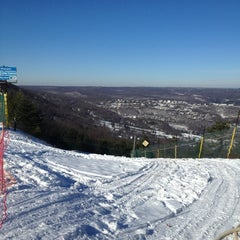 Photo taken at Camelback Mountain Resort by Lauren S. on 1/19/2013