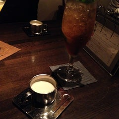 Photo taken at 野菜料理と果物カクテル BAR & DINING JAYCO by Tadashi K. on 6/20/2014