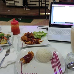 Photo taken at Solaria by ALfiaH D. on 10/2/2015