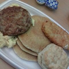 Photo taken at McDonald's by Iwasaku T. on 10/17/2012
