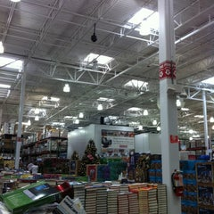 Photo taken at Costco by Arlene D. on 12/10/2012