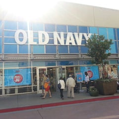 Photo taken at Old Navy by Francisco D. on 7/7/2013