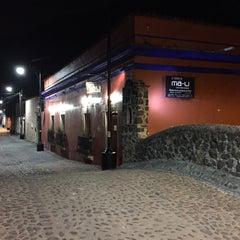 Photo taken at má-li by Marqui-yo S. on 7/12/2015