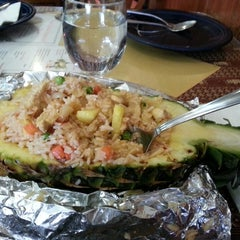 Photo taken at Siam Taste Thai Cuisine by Vijay V. on 3/16/2013