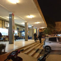 Photo taken at Ga Hà Nội (Hanoi Station) by Thu N. on 12/31/2012