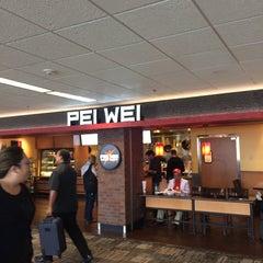 Photo taken at Pei Wei Asian Diner by Ken S. on 5/6/2014