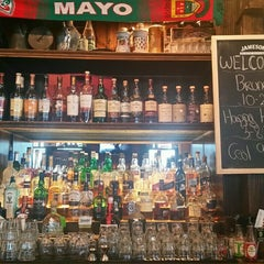 Photo taken at O'Sullivan's Irish Pub & Restaurant by Debi L. on 11/14/2015