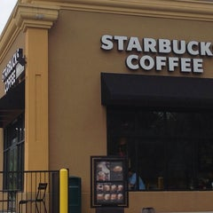 Photo taken at Starbucks by Sean D. on 9/13/2013