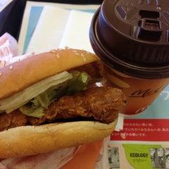 Photo taken at マクドナルド 横須賀ホームズ店 by Hiroyuki S. on 12/19/2012