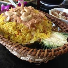 Photo taken at Sai Sha Café 西沙茶座 by Patrick P. on 3/17/2013