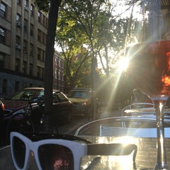 Photo taken at Brooklyn Heights Wine Bar by Megan G. on 5/17/2013