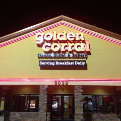 Photo taken at Golden Corral by Ana Marie on 5/9/2013