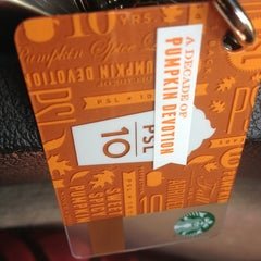 Photo taken at Starbucks by Kelli N. on 9/12/2013