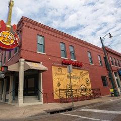 Photo taken at Hard Rock Cafe Memphis by Hard Rock Cafe Memphis on 5/4/2015