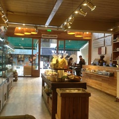 Photo taken at Green Eat by Gaston K. on 6/3/2013