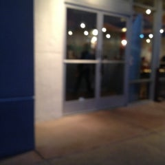 Photo taken at Chipotle Mexican Grill by Paratwiter C. on 1/4/2013