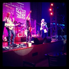 Photo taken at Hard Rock Café | هارد روك كافيه by Saeed.s B. on 9/28/2012
