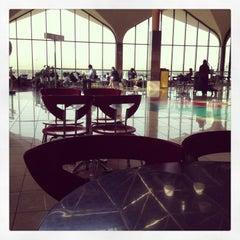 Photo taken at Terminal 1 المبنى by Kate T. on 5/29/2013