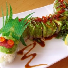 Photo taken at Mikko Japanese Cuisine by Wil Willie-Kai P. on 8/11/2013